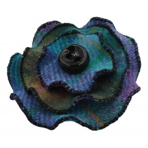 Circle Corsage Turqoise Lilac Check Tranquility _.jpg